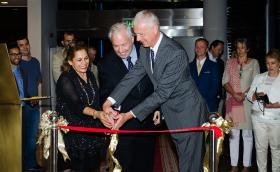 Cynthia Roberts, Amos Schueller, Ambassador Peter Elsner