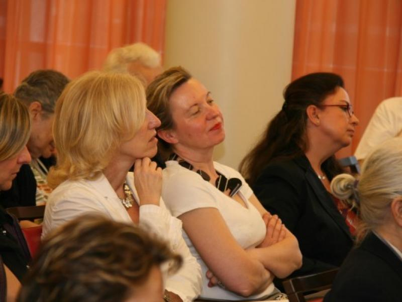 Dr. Elisabeth Olivares-Diaz & Prof. Martina Pippal