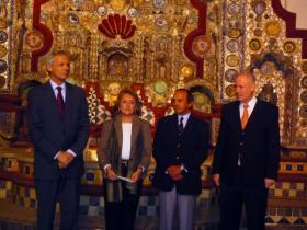 Austrian Ambassador to Mexico Dr. W. Druml; Lic. Lucía Sáenz Viesca, Director of Centro Cultural Isidro Fabela; Lic. Francisco Moreno Gutiérrez, Director General of the Bank of Mexico; Amos Schueller