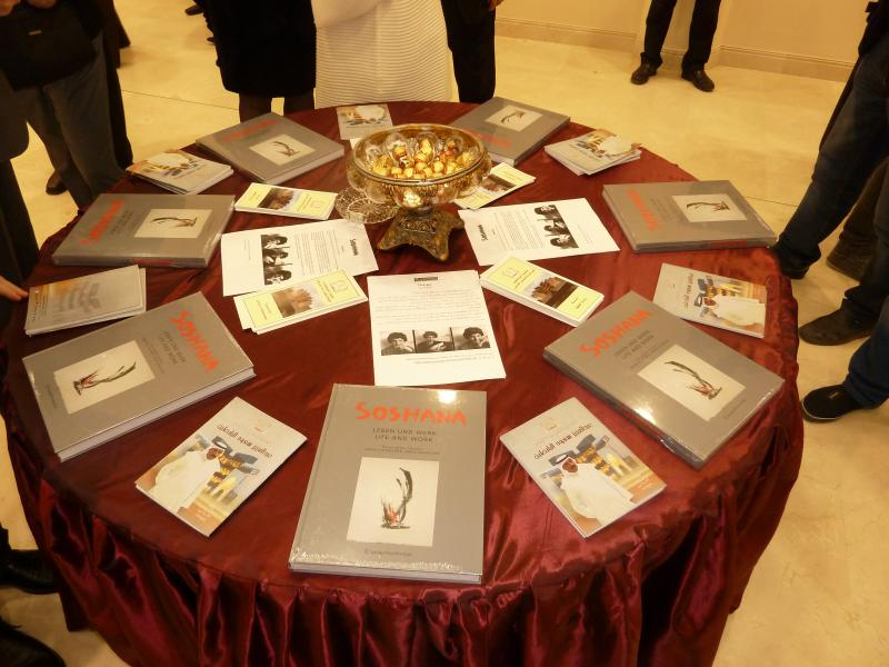 Round Table of Soshana's books and catalogues