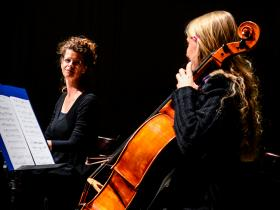 """Lection with Music """"Soshana. A Viennese in Paris""""- One Month from Soshana's diary will be performed by Hannah Hohloch and Maria Kainz (Cello)"""